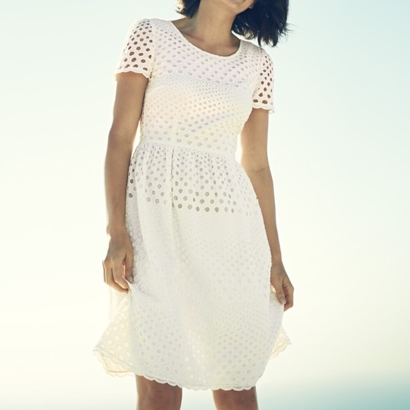 Boden Dresses & Skirts - Boden eyelet white dress